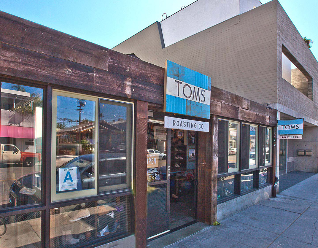 Lincoln Place - Venice, CA - Tom's Store