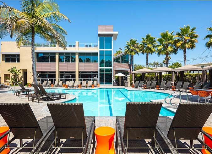 Lincoln Place Apartment Homes | Venice, CA | Community ...